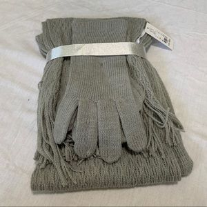 New York and Company  Women's Scarf and Glove Set